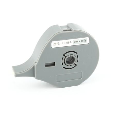 Štítková páska LS-09S stříbrná, 9 mm x 8 m
